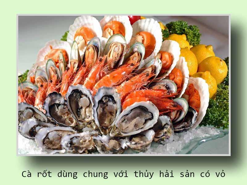 Cà rốt dùng chung với thủy hải sản có vỏ