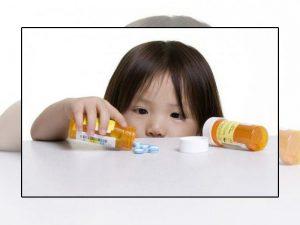 Uống kháng sinh bị táo bón