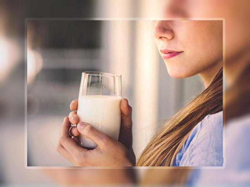 Sử dụng sữa tươi giúp giảm các triệu chứng ợ hơi, ợ chua trong trào ngược dạ dày